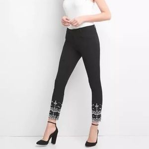 GAP Skinny Ankle Eyelet Embroidery Black size 8